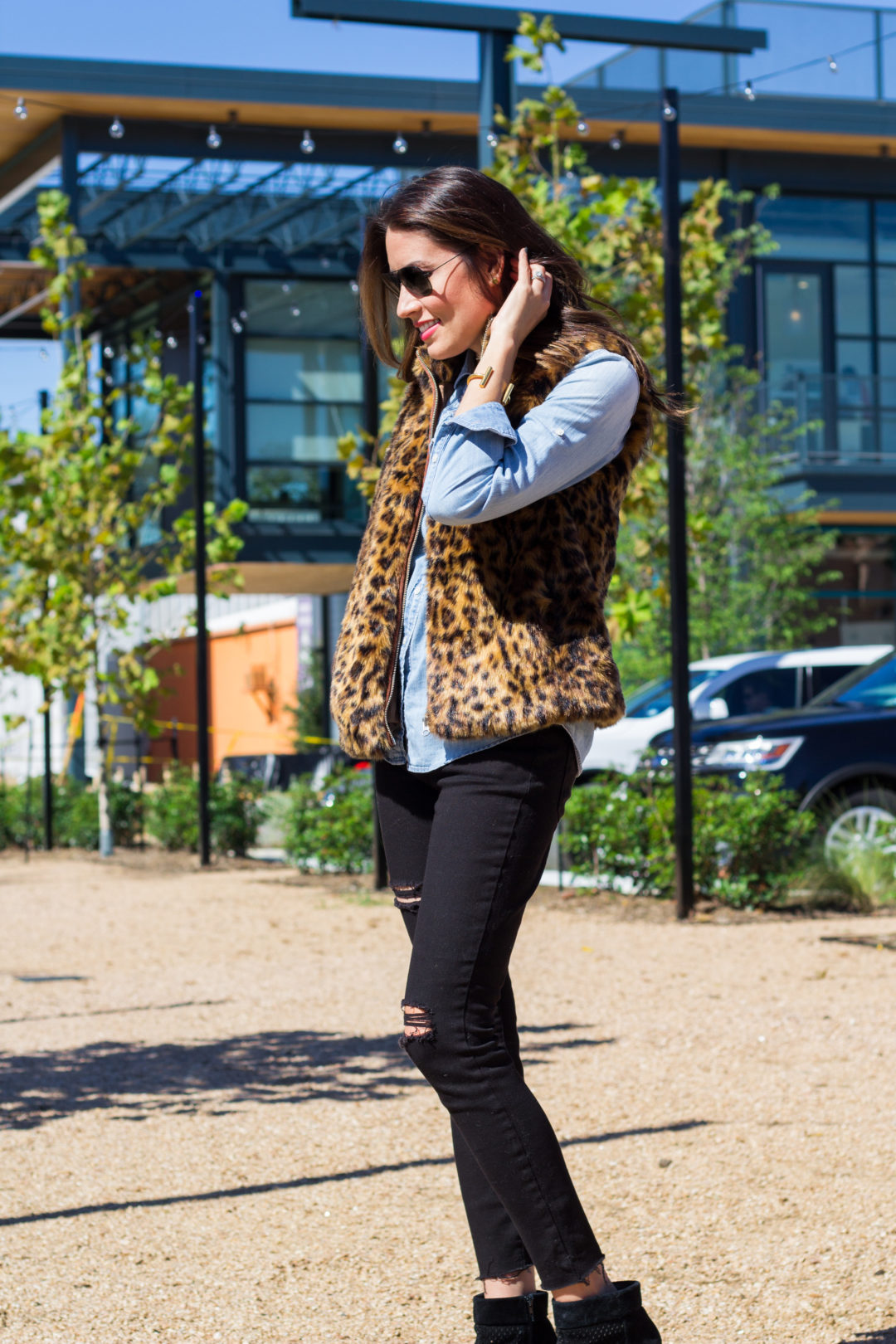 jcrew faux fur vest, leopard, fall style